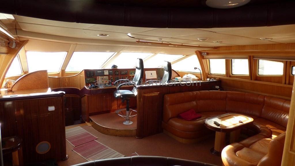 AYC - Liman Ketch - Inside