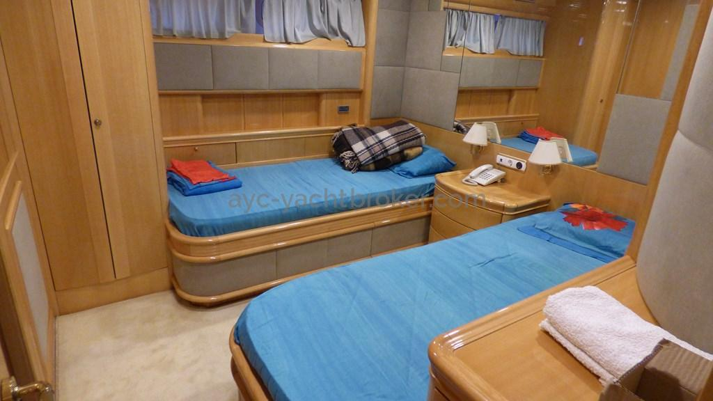 AYC - Liman Ketch - Cabin