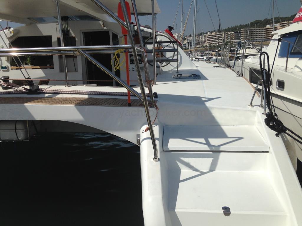 Flashcat 52s - AYC Yachtbroker - Aft starboard