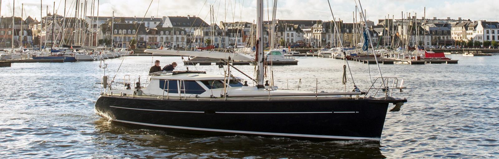 JFA 45 Deck Saloon - AYC Yachtbroker